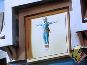 Blue Alien Ranger activating the Shogunzord