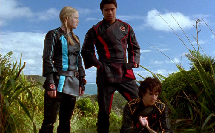 Power Rangers - 11x11 - Return of Thunder (3)