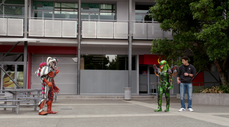 Power Rangers - 21x11 - Love Is In The Air