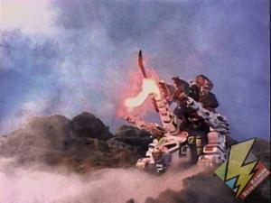 Shogun Ultrazord attacks