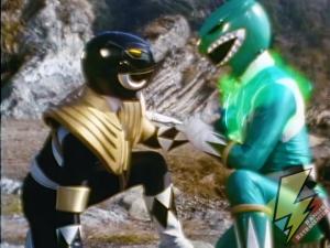 The Dragon Shield heals the Black Ranger