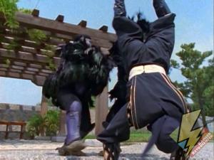 Black Ninja Ranger kicks the Tengas